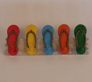 Handgemaakte kapstok gekleurde slippers