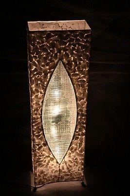 Handgemaakte (capiz) schelpenlamp - wit