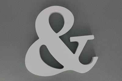 Houten Letter Wit & teken
