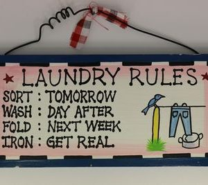handgemaakt houten tekstbord 'Laundry rules'