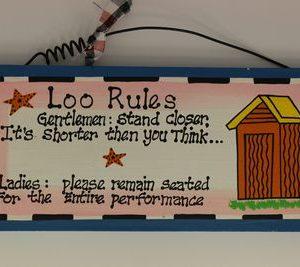 handgemaakt houten tekstbord 'Loo rules'