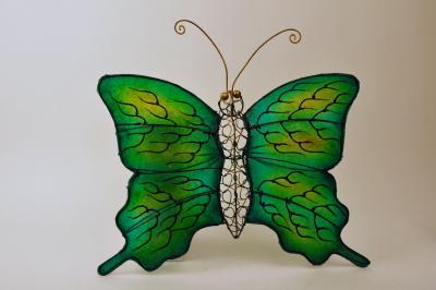 Vlinder kunsthars metaal geel groen handwerk Indonesië