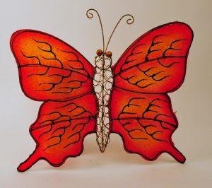 Vlinder kunsthars metaal geel rood handwerk Indonesië