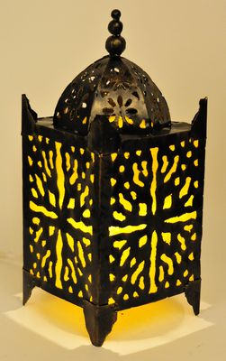 Metalen oosterse lamp geel