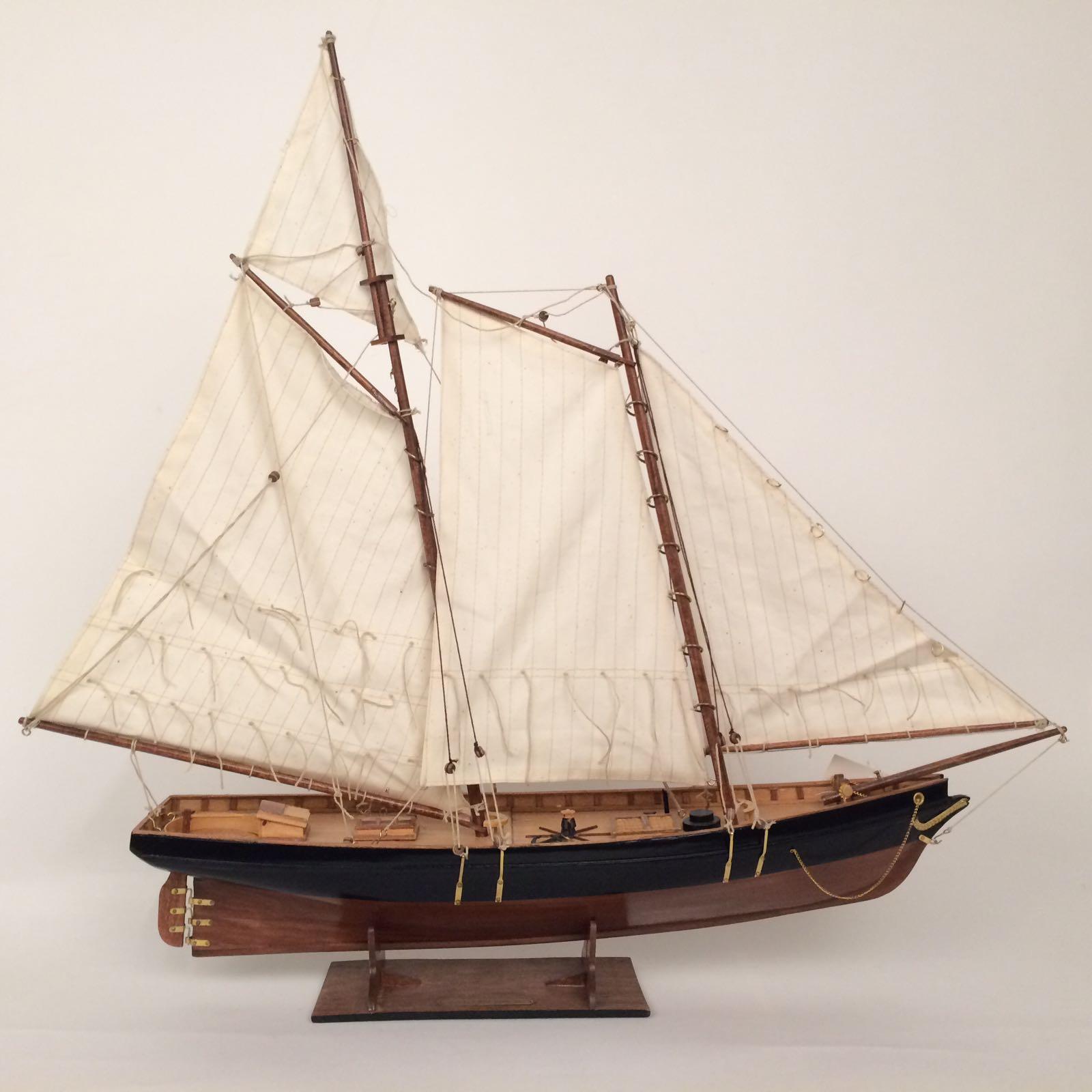 2228256-luxe-zeilboot
