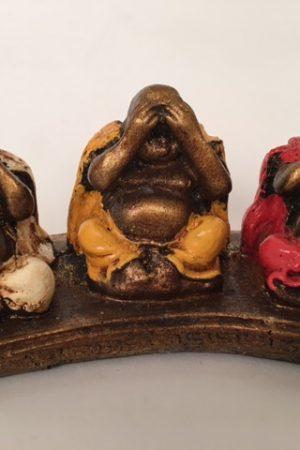 Buddha set horen, zien en zwijgen op plankje