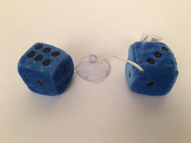 Dobbelstenen pluche ±3x3cm blauw 50693