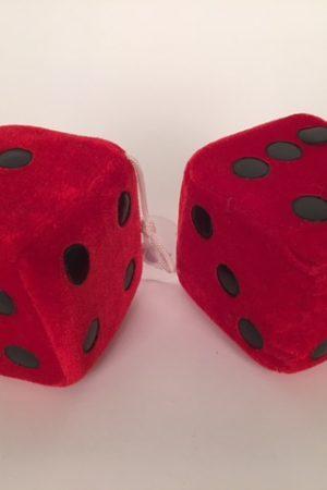 Dobbelstenen pluche ± 9x9 cm rood 50695