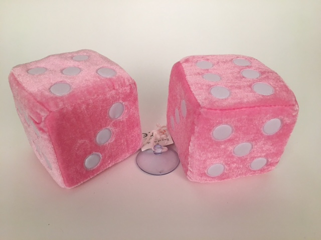 Dobbelstenen pluche ± 9x9 cm roze 50697