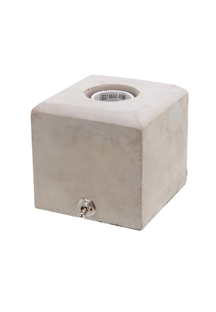 700556 Beton Lamp vierkant 10x10x10cm