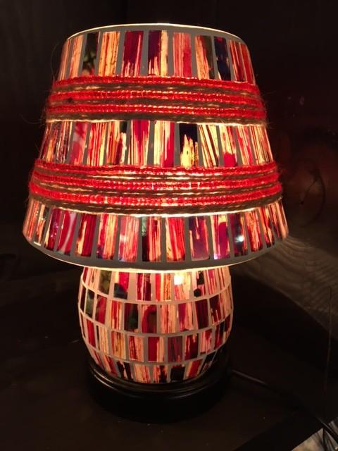Mozaiek glas lamp (20cm) multicolor aan