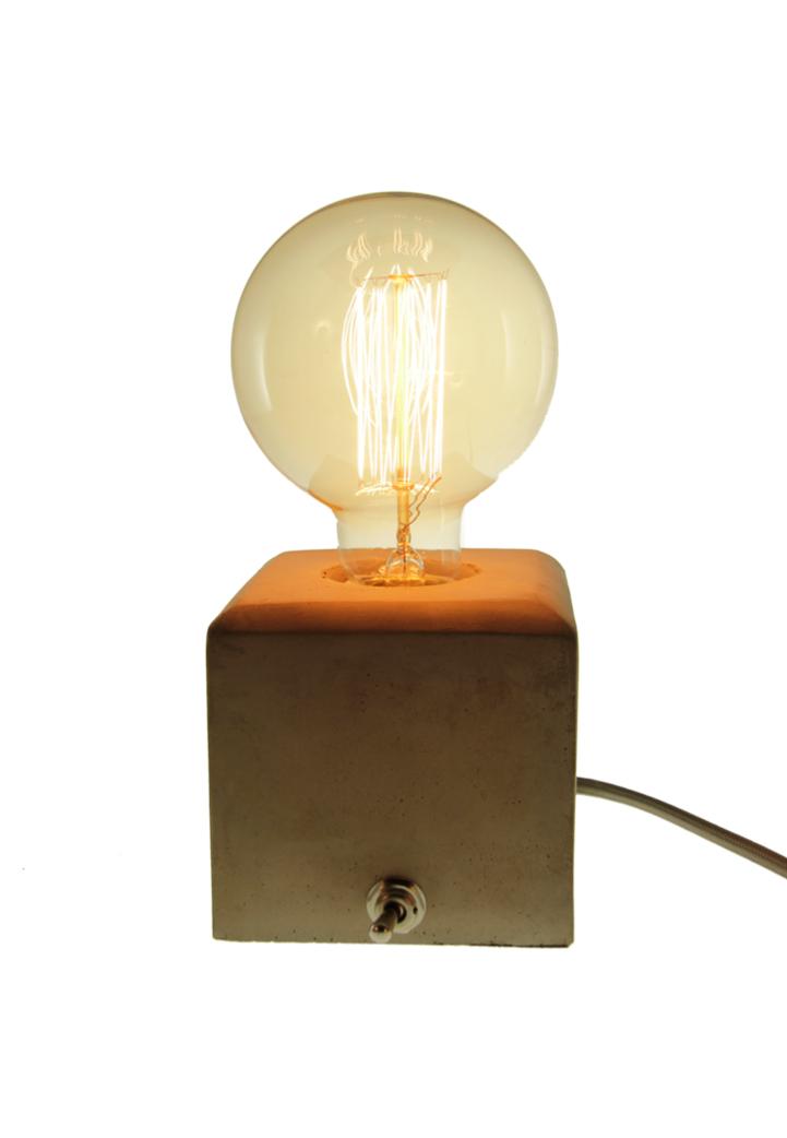 Gloeilamp geschikt voor bijvoorbeeld betonlamp