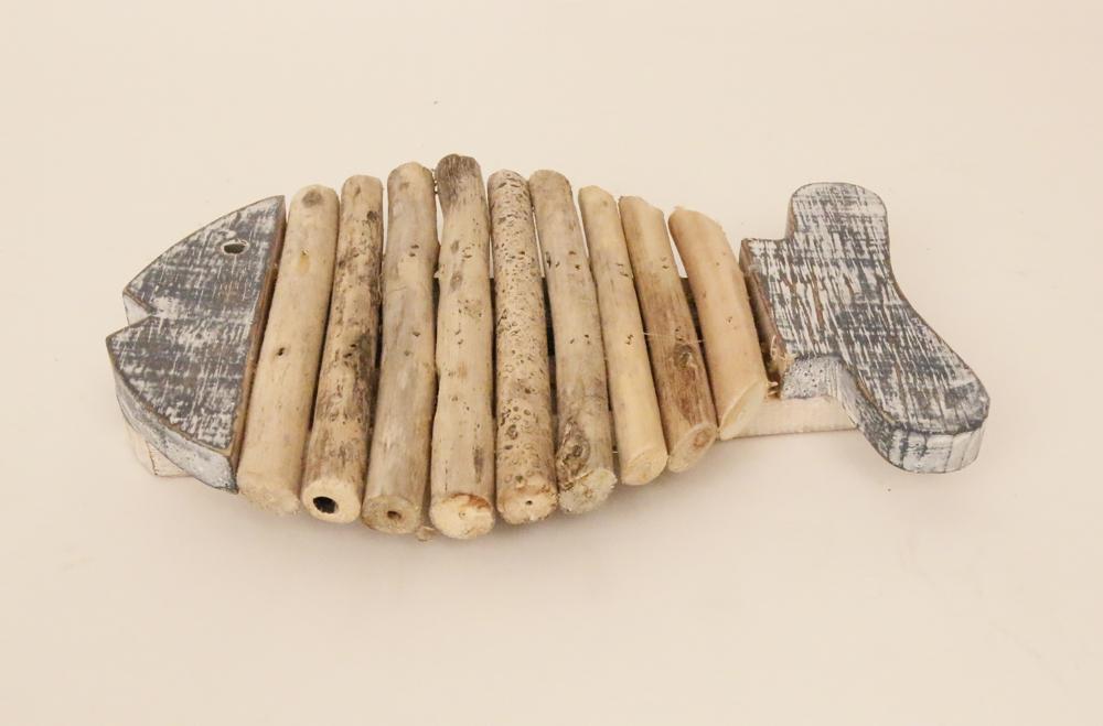 Houten vis pannen onderzetter met drijfhout (bluewash) 15cm