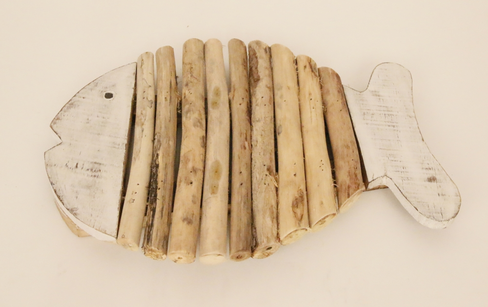 Houten vis pannen onderzetter met drijfhout (whitewash) 25cm