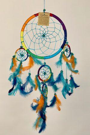 Dromenvanger ± Ø16-18cm regenboog (groen blauw oranje veren)